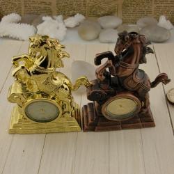 Bật lửa hình con ngựa trang trí để bàn sang trọng kiêm đồng hồ xem giờ - Mã SP: BL01112
