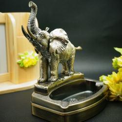 Bật lửa kiêm gạt tàn hình con voi lịch lãm - Mã SP: BL00466