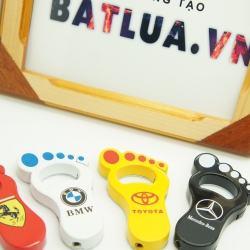 Bật lửa kiêm khui bia hình bàn chân với logo của các hãng xe nổi tiếng MS88 096 - Mã SP: BL00191