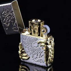 Bật lửa sạc điện không dùng ga kiểu dáng zippo mẫu 25 trạm khắc móng vuốt rồng MS66 047 - Mã SP: BL00619