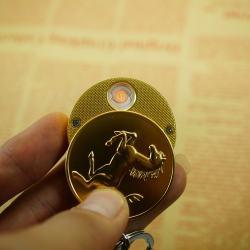Bật lửa sạc điện USB GX-205 móc khoá treo có dập nổi ngựa vàng may mắn - Mã SP: BL01909