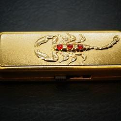 Bật lửa không dùng ga sạc USB khắc con bọ cạp MS66 008 - Mã SP: BL00533