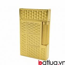 Bật lửa S.T.Dupont  khắc nổi hình elip theo ô vuông vàng - Mã SP: BL09991