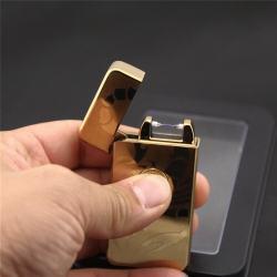 Bật lửa tia điện sạc USB màu vàng nhẹ in hình con bọ cạp - Mã SP: BL09185