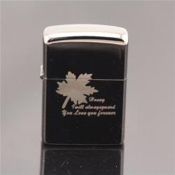 Bật lửa tình yêu kiểu dáng Zippo in chiếc lá cách điệu - Mã SP: BL09052