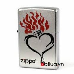 Bật lửa Zippo bạc xước in trái tim lửa - Mã SP: BL10313