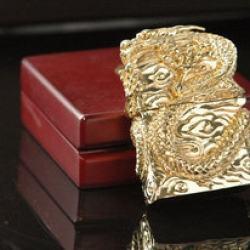 Bật lửa Zippo chính hãng  vàng mạ nguyên một con rồng quấn quanh bật lửa tinh xảo - Mã SP: BL09018