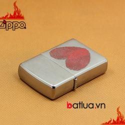 Bật lửa Zippo chính hãng in hình trái tim hoa tay - Mã SP: BL03205
