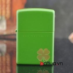 Bật lửa zippo chính hãng Mỹ phiên bản xanh in cỏ 4 lá - Mã SP: BL10156