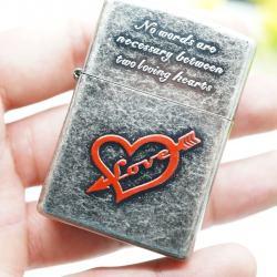 Bật lửa Zippo khắc trái tim tình yêu - Mã SP: BL00926