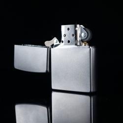Bật lửa zippo phiên bản ánh sáng cát sa tin mờ - Mã SP: BL09784