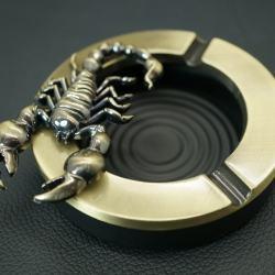 Gạt tàn thuốc nắp đậy khắc hình con bọ cạp độc đáo sắc nét - Mã SP: BL01451