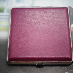 Hộp đựng thuốc lá độc đáo màu hồng - Mã SP: BL01336