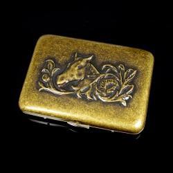 Hộp đựng thuốc Team PisTol màu đồng cổ kính khắc hình đầu ngựa( loại 16 điếu) - Mã SP: BL01596