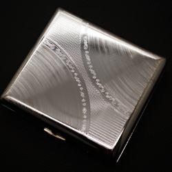 Hộp đựng thuốc Team PisTol vân xoáy 2 góc trạm khắc hoa văn ở giữa huyền bí (loại 20 điếu) - Mã SP: BL01557