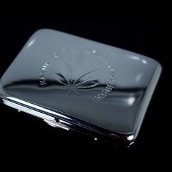 Hộp đựng thuốc Teampistol inox sang trọng khắc chìm chiếc lá Canabis (loại 16 điếu) - Mã SP: BL01649